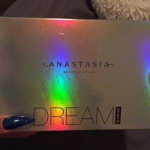 Anastasia Dream Glow Kit-Limited Edition